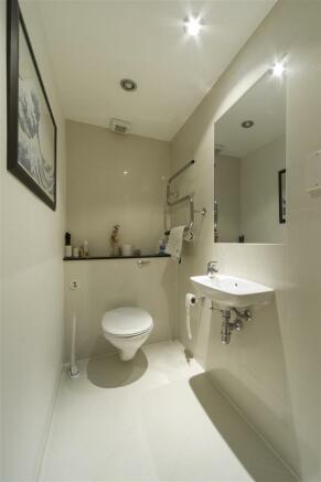 Guest WC.jpg
