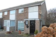3 bedroom End of Terrace property in Recreation Close...