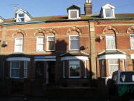 Terraced home to rent in Gainsborough Road...