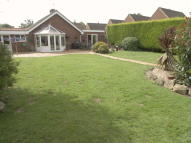 4 bed Detached Bungalow in High Hall Close...