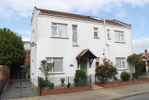4 bedroom Detached property for sale in Queens Road, Felixstowe...