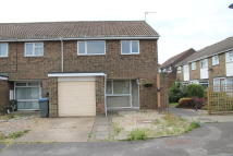 3 bed End of Terrace home to rent in Recreation Close...