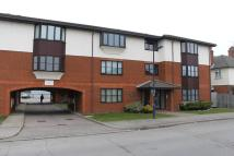 Apartment in Leeward Court...