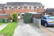 2 bedroom house in Aire Close, Immingham...