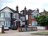 Apartment to rent in Gunnersbury Avenue, W5
