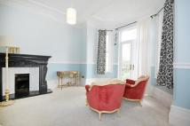 Apartment to rent in Creffield Road, W5