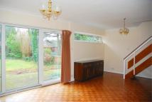 3 bed End of Terrace property to rent in The Knoll, W13