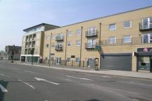 Flat for sale in Green Lane, Goodmayes...