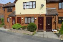 2 bed Flat to rent in Ibbetson Oval, Churwell...