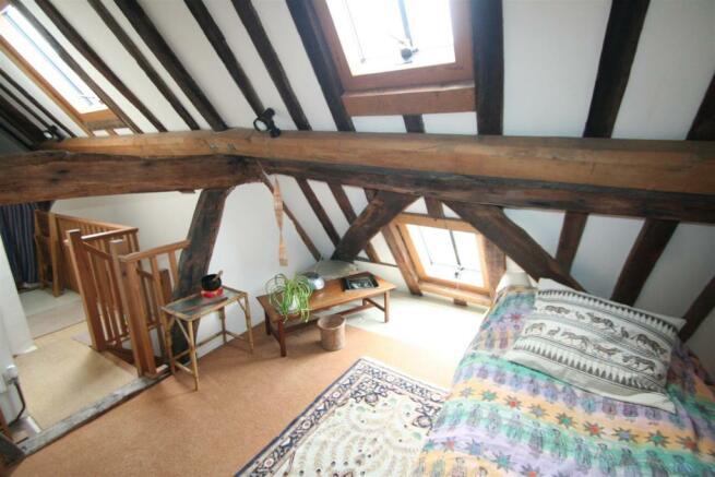 6 Guilder Lane-attic