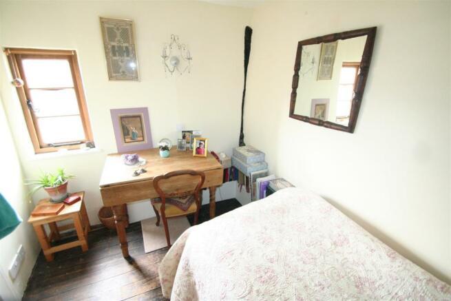 6 Guilder Lane-bed 3