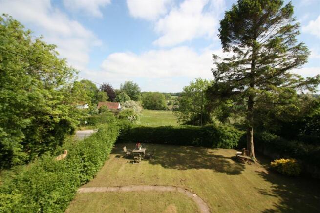 Dial House-garden.jpg