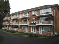 2 bed Flat to rent in Portarlington Road...