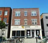Flat for sale in Southbourne Grove...