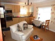 Flat to rent in Rowena Road...