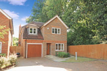 4 bedroom home in Parkfield Road, Ickenham...
