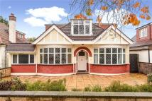 5 bed Detached house in St. Margarets Road...