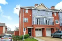 3 bed End of Terrace home in Flowers Avenue, Ruislip...