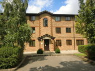 Apartment to rent in Hutchins Close...