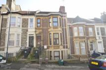 2 bedroom Maisonette for sale in Holmesdale Road...