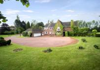 5 bedroom Equestrian Facility property for sale in Battlefield Hill...
