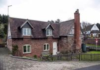 3 bed Detached home for sale in Droitwich Road...