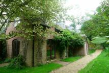 2 bedroom Detached house in Bramdean, Hampshire