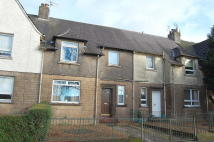 4 bed Terraced property in Dumbarton Road...