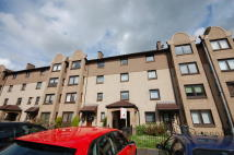 3 bed Flat in Craighaw Street...