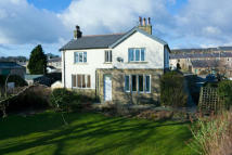4 bedroom Farm House in Westfield Avenue, Read