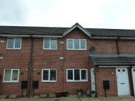 2 bedroom Flat to rent in Nightingale Close...