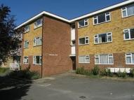 Flat to rent in Somerset Road, New Barnet
