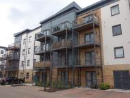 2 bed Apartment to rent in The Ridgeway, Chingford