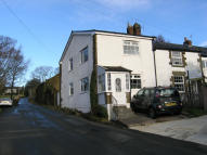 2 bed Cottage in Barker Lane, Mellor...
