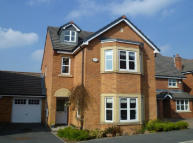 5 bed Detached home in Riverside View...