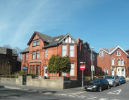6 bed semi detached home for sale in Preston New Road...