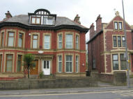 6 bed semi detached house in Preston New Road...