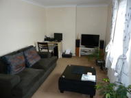 1 bed Flat to rent in WALTON ROAD...