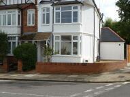 2 bedroom Flat to rent in Chesham Road...