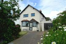 3 bed semi detached home in Warren Drive, Deganwy
