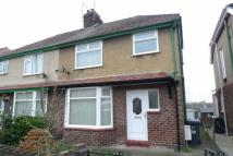 3 bedroom semi detached property to rent in Penrhos Avenue...