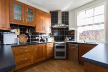 2 bed Flat to rent in Elthorne Avenue, W7