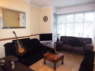 Flat in Windmill Road, TW8