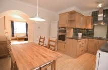 2 bed house in Southfield Cottages, W7