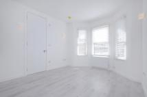 Flat in Seaford Road, W13