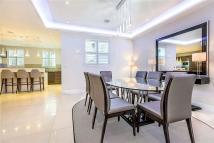 Westbourne Gardens Apartment to rent
