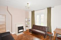 3 bed Flat to rent in Kent Street, London, E2
