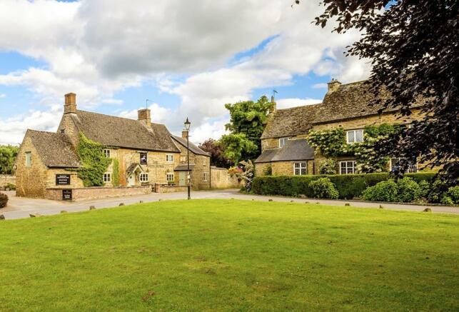 Adderbury village