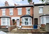 3 bed Terraced property in Wellington Road, Harrow