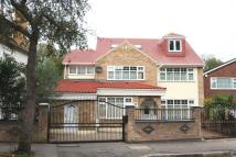 6 bedroom house to rent in Grove Park